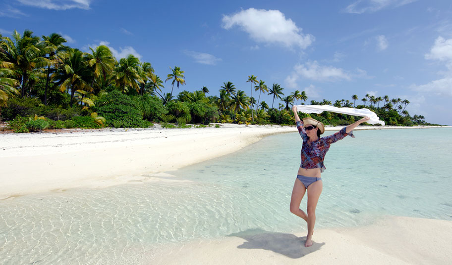 Cook Island Strandferien Frau happy