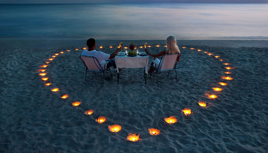 Candle Light Dinner Fiji Strand