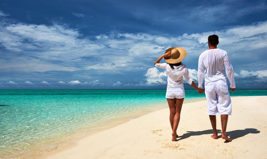 Spaziergang Flitterwochen Strand Neukaledonien
