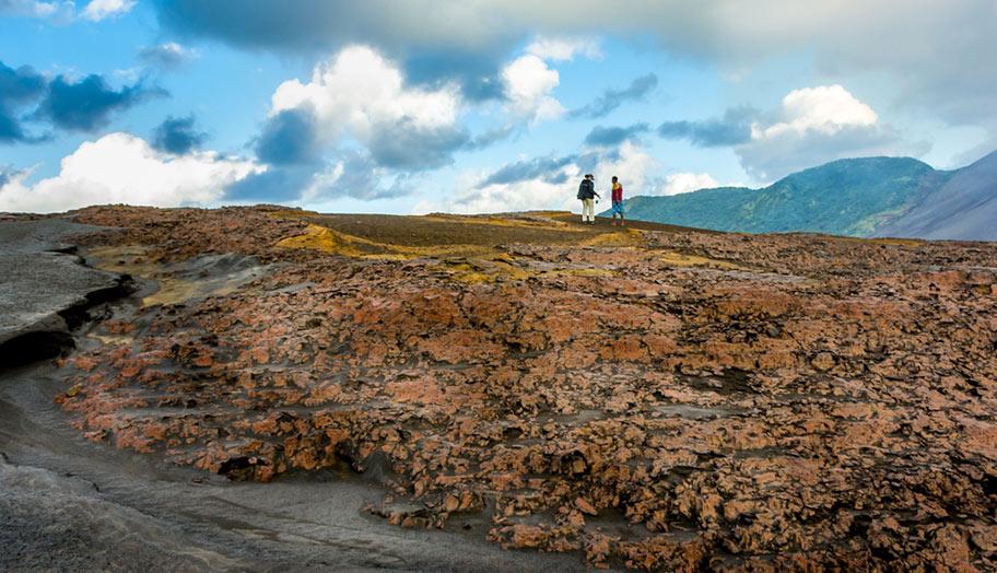 Vulkan Vanuatu aktiv trekking